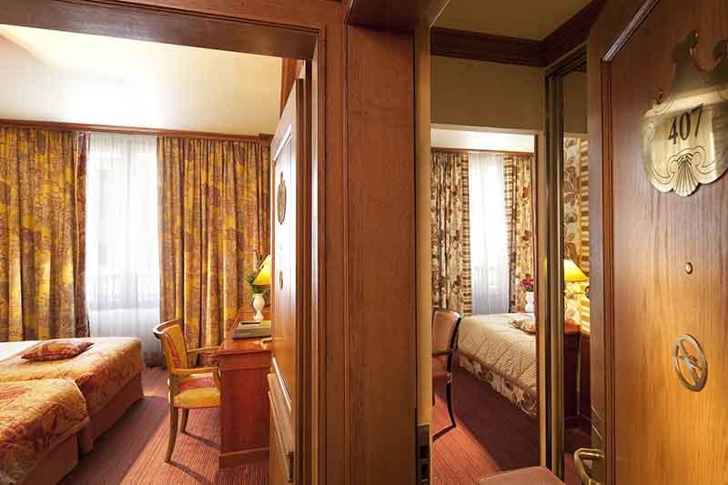 اتاقهای متصل یا Connecting Room